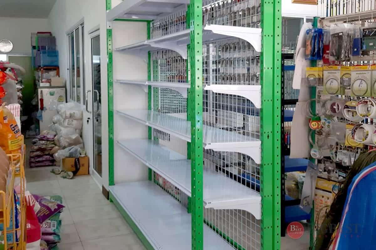 Store style shelving