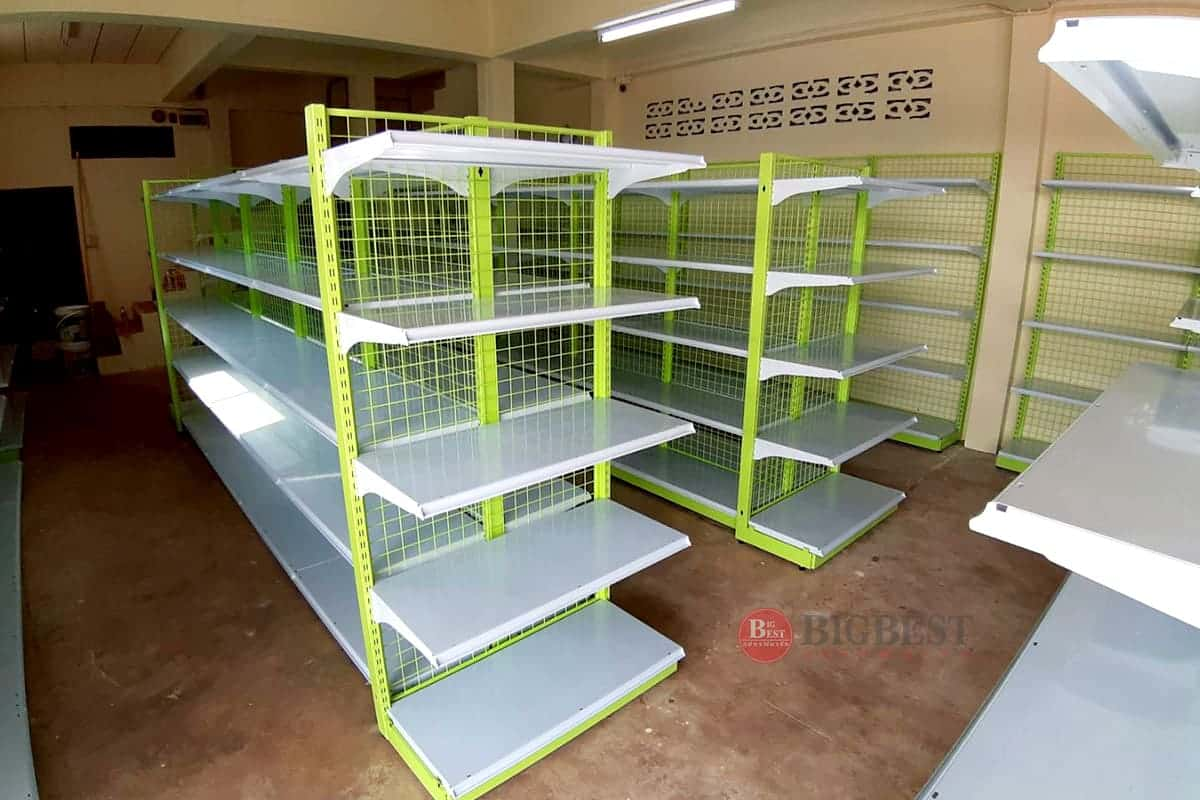 Store tailer shelf